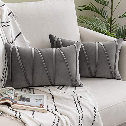 Woaboy 2 gestreifte Samt-Kissenbezüge, modern, dekorativ, einfarbig, rechteckig, weich, gemütlich für Bett, Sofa, Couch, Wohnzimmer, 30 x 50 cm, grau