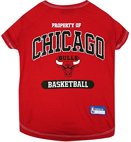 Pets First NBA Licensed Hoodies & T-shirt for Dogs & Cats, Chicago Bulls, Medium