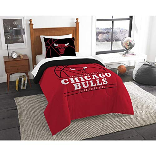 B62830000 570B6783000001 EN 2 Piece NBA Bulls Comforter Twin Set, Basketball Themed Bedding Sports Patterned, Team Logo Fan Merchandise Athletic Team Spirit Fan, Red Black White, Polyester