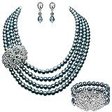 ArtiDeco Braut Schmuck Accessoires Set Vier Schichten Imitation Perlen Kette Retro Damen Halskette mit Kristall Blume Brosche Perlen Armband und Perlen Ohrringe (Grau)