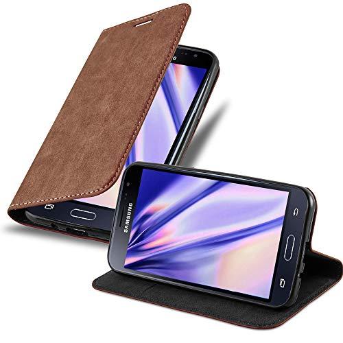 Cadorabo Hülle für Samsung Galaxy J3 / J3 DUOS 2016 in Cappuccino BRAUN - Handyhülle mit Magnetverschluss, Standfunktion & Kartenfach - Hülle Cover Schutzhülle Etui Tasche Book Klapp Style