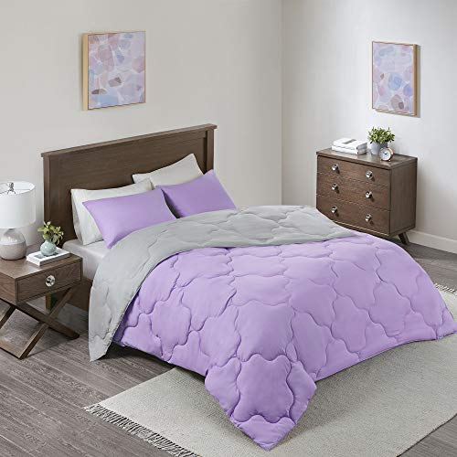 Comfort Spaces Vixie Reversible Comforter Set-Modern Geometric Quaterfoil Cloud Quilted Design All Season Down Alternative Bedding, Matching Shams, Full/Queen(90'x90'), Lavender