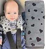 HECKBO® 2x Kinderwagen Trageschale Gurtschutz mit Herz Motiv - Sicherheitsgurt Schulterpolster Schulterkissen Gurtschoner Autositze Gurtpolster für Kinder, Jungen, Jungs
