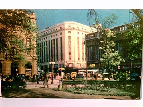 Santiago de Chile. Vista parcial de Plaza de Armas - Edificio Gobelinos. Alte AK farbig. Partie am Platz, Gebäüdeansichten, Park, Passanten, Autos, Südamerika