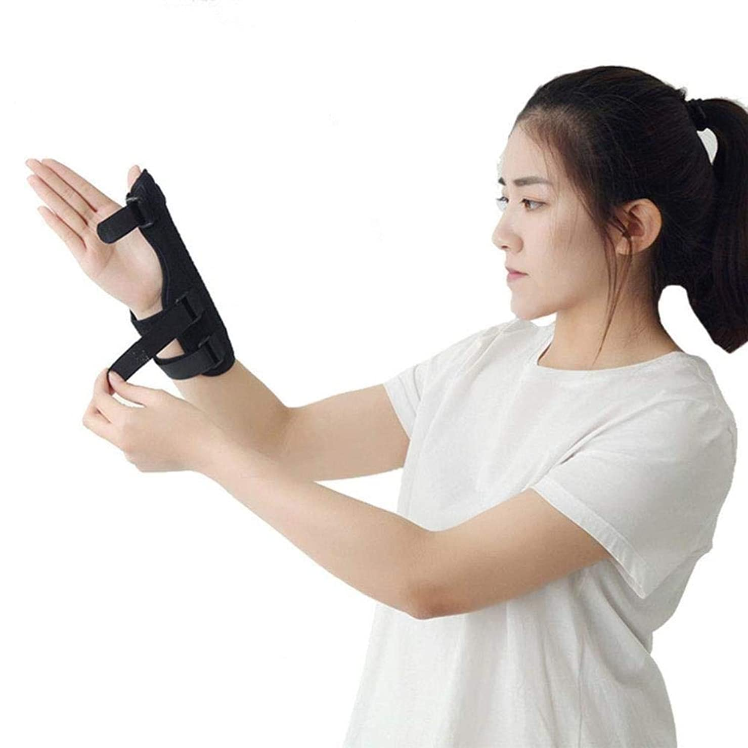 含む顔料エアコン捻挫、傷害またはスポーツの使用のために理想的な革紐が付いている伸縮性がある手首サポート