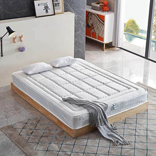 UNDRANDED Coil Sprung and Memory Foam Hybrid Mattress with Breathable Knitting Fabric Spring Mattress Topper Double Comfortable Soft Touch Mattresses for Sleeping(190cm x 135cm x 22cm)