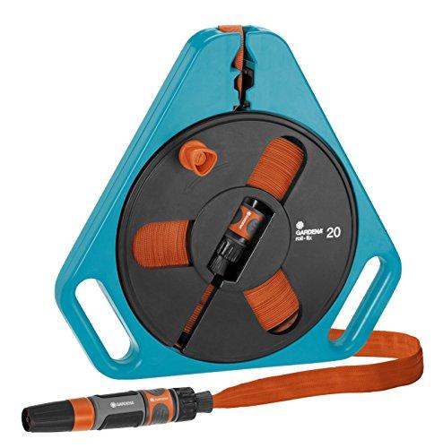 Gardena Classic roll-fix Flachschlauch 20 mit Kassette: Platzsparende Schlauchkassette mit Wasserschlauch (Ø 12 mm in Kassette), Sicherheitsautomatik, inkl. Spritze, mit Anschlussgeräten (757-20)