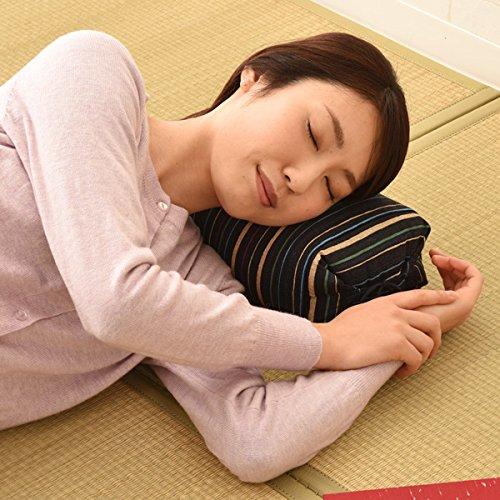 エムール『高さが調整できるごろ寝枕』