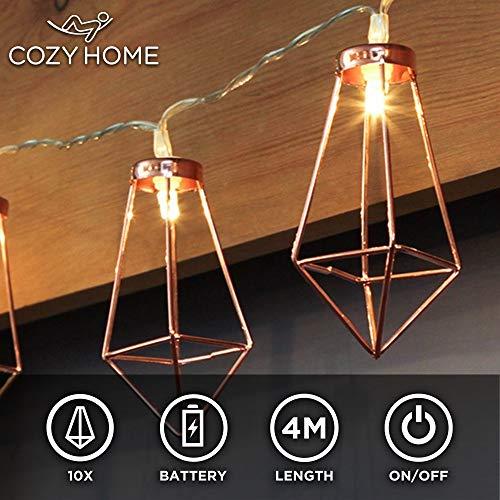 CozyHome Kupfer LED geometrische Lichterkette – 4 Meter Gesamtlänge | 10 LEDs warm-weiß | rose gold pyramidenform | Batteriebetrieben – 3x AA Batterien