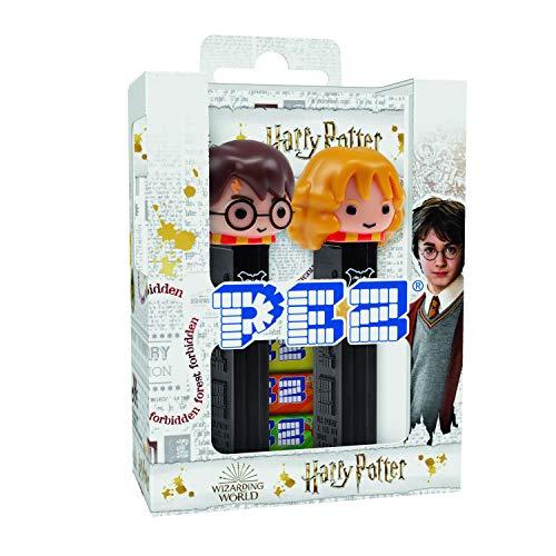 PEZ – Twin pack Licence Harry Potter – Combinaison unique de bonbons aux goûts fruits et d'un distributeur – Contient 2 distributeurs PEZ + 4 recharges de bonbons