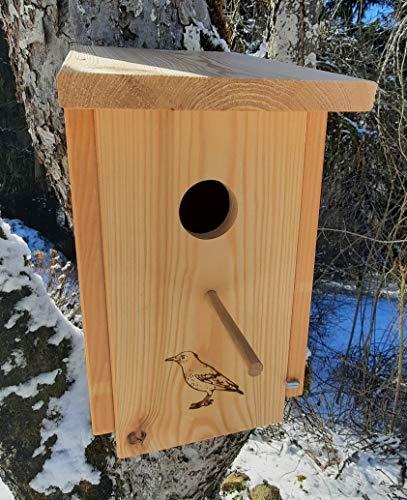 Nistkasten Natur (N45) für Star - aus extrem witterungsbeständigen 18mm starken bayrischem Lerchenholz, Vogelhaus mit 45mm Einflugloch und Sitzstange von wo aus der Star Seine Familie füttert.