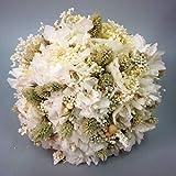 Ramo de novia de hortensia blanca y espigas.