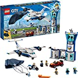 Build a 3-level Sky Police air base with control tower, jail cell with breakaway wall, large police plane, jetpack with foldable wings, working parachute and a getaway car for exciting police chase action! Includes 6 LEGO minifigures: 2 crook figures...