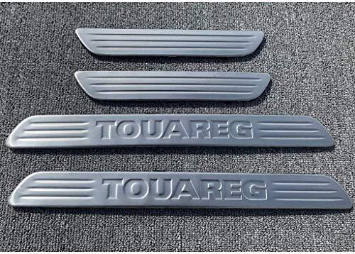 4 Pezzi per Volkswagen VW Touareg 2011-2017 Acciaio Inossidabile Auto Davanzale Portiera, Protettore Battitacco Pedale Soglia Graffi Adesivo Decorativo Accessori