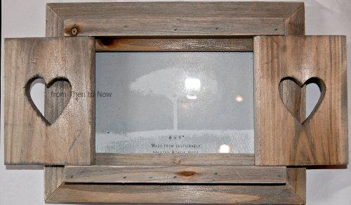 Bilderrahmen mit Fensterläden (rustikal, aus Holz, mit Herzen in den Fensterläden), Maße:15,2 x 10,1 cm