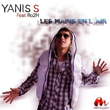 LES MAINS EN L'AIR (feat. Ro2h)