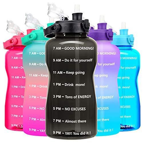 Botella de agua motivacional, de 3.78 litros: 3.78/1.89 litros, con popote y marcador de tiempo, sin BPA, boca ancha, botella grande de agua, reutilizable a prueba de fugas, duradera, para gimnasio y uso al aire libre de BuildLife, Negro, 3,78 l