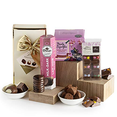 Essential Chocolate Selection - Chocolate Gift Hamper - Luxury Chocolate Hampers - Chocolate Gift Baskets & Gifts