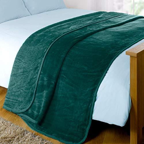 Dreamscene Luxury Faux Fur Mink Fleece Throw Over Bed Soft Warm Blanket for Sofa - Emerald Green, 125 x 150 cm