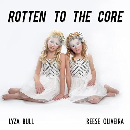 Lyza Bull & Reese Oliveira