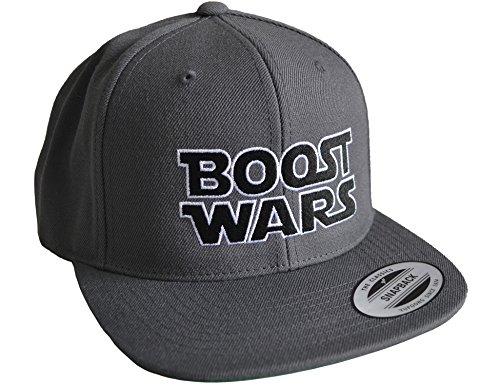 Petrolhead Industries: Boost Wars - Cap für alle Tuning-, Drift-, und Motorsport Fans - Classic Snapback von Flexfit (One Size) Dunkelgrau