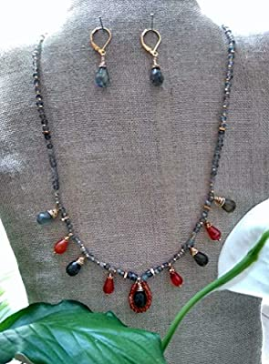 Labradorite and Cornalina Agate. Set of necklace and earrings, handmade, semiprecious stones. Made in Mexico