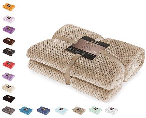 DecoKing 32152 Kuscheldecke 220x240 cm Cappuccino Decke Microfaser Wohndecke Tagesdecke Fleece weich sanft kuschelig skandinavischer Stil beige Henry