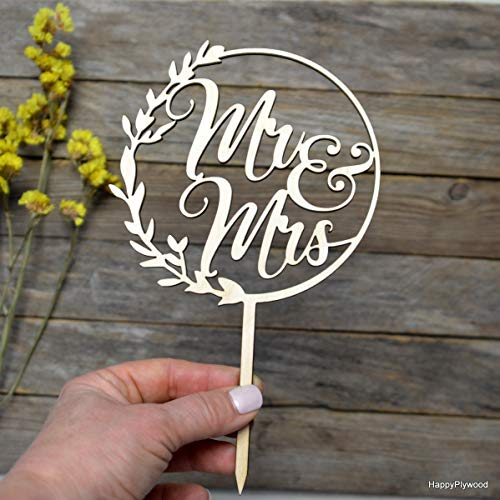 HappyPlywood Mr and Mrs Wreath Cake Topper Wooden Wedding Cake Toppers Party Cake Decoration (width 5')