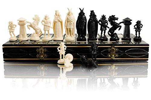 Juego de ajedrez Black & White Edition 40cm / 16 'Tablero de madera / piezas de plástico. Los juegos de ajedrez están diseñados para evocar la apariencia de un ejército medieval y vikingo. (Vikingos)