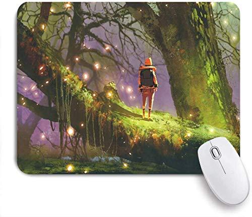 Gaming Mouse Pad rutschfeste Gummibasis, Mädchen Outdoor-Abenteuer Fantasy Night Decor Rucksack Frau stehend alten Baumstamm Glühwürmchen schwebend wie ein Traum, für Computer Laptop Office