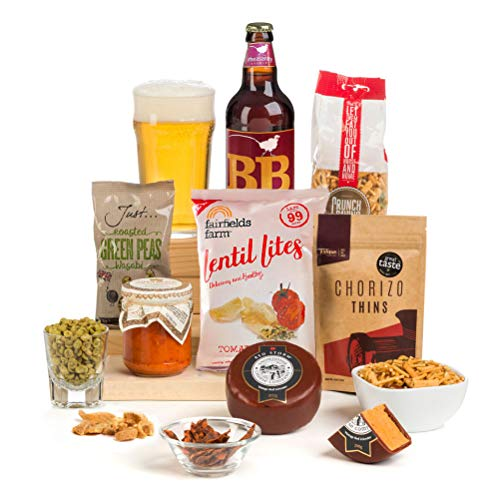 Hay Hampers -Hot and Spicy Beer Cheese & Nibbles Hamper for men - FREE UK delivery