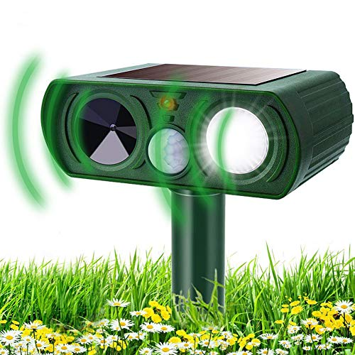 KOEPUO Cat Repellent Animal Repeller Ultrasonic Solar Powered Waterproof Cat Scarer Pest Repeller with Motion Sensor Flashing Light Pet Deterrent for Garden Yard Farm Lawn Cats Dogs Fox Rat Raccoons
