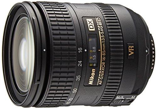 Nikon 16–85mm f/3.5–5.6G ED VR AF-S DX Nikkor Objektiv für Nikon F (24–128mm Brennweite, f/3.5, optischer Bildstabilisator, Durchmesser: 67mm) schwarz