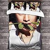 AQEWXBB Harry Edward Styles Juego de ropa de cama, suave y cómoda, 100% microfibra, adecuado para todas las estaciones (05, 135 x 200 cm + 80 x 80 cm x 2)