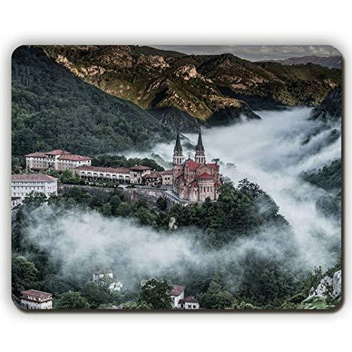 Alfombrilla de ratón, Pueblo de montaña, covadonga España, Game Office: Amazon.es: Electrónica