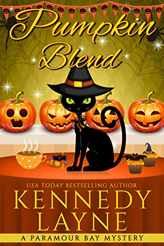 Pumpkin Blend (A Paramour Bay Cozy Paranormal Mystery Book 14) by [Kennedy Layne]