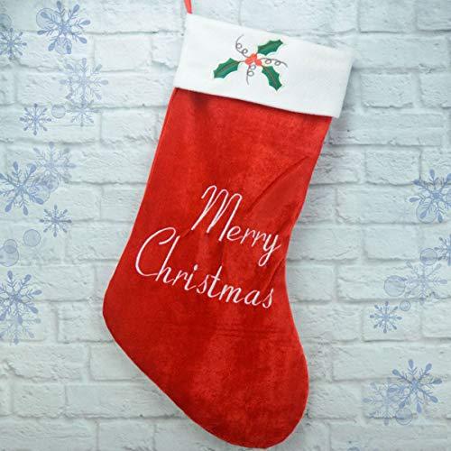 クリスマス映画などで暖炉の前に飾ってあることが多いクリスマスソックス。壁や枕元に飾るだけでお部屋がクリスマスムードに。50cm×39cmの特大サイズなので、プレゼントを入れることもできますよ♪