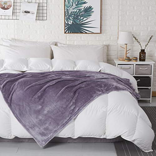 COCOPLAY W Lavender Throw Blanket, Flannel Fleece 50×60 Inches, All Season Microfiber Velvet Super Luxury Lightweight Warm Soft Cozy Blanket for Bed, Couch, Car