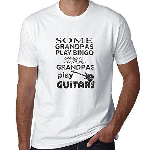 Sommige Granpas spelen Bingo Cool Ones spelen gitaren mannen T-Shirt