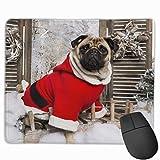 Mops, der einen Weihnachtsanzug trägt Rechteckiges rutschfestes Gaming-Mauspad Tastatur Gummi-Mauspad für Heim- und Büro-Laptops