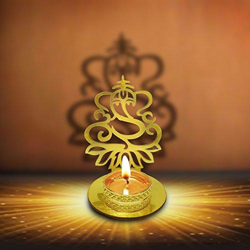 G/&D Set of 4 Diwali Diya Gift//Diwali Clay Diya.Handmade Earthen Oil Lamps with Glitter for Deepawali /& Puja Indian Festival Lamp /& Tealight Holders Terracotta Diya For Home//Office