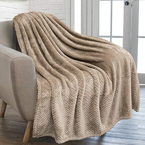 PAVILIA Waffle Textured Fleece Throw Blanket for Couch Sofa, Taupe Brown | Soft Plush Velvet Flannel Blanket for Living Room | Fuzzy Lightweight Microfiber Throw for All Seasons, 50 x 60 Inches