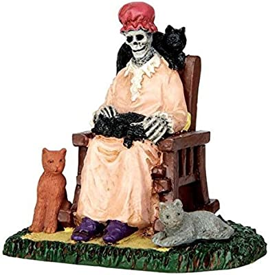 Lemax Spooky Town Former Cat Lady # 62428