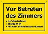 Postkarte Kunststoff +++ VERBOTENE SCHILDER von modern times +++ VOR BETRETEN DES ZIMMERS +++...