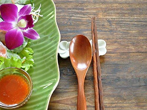 【M'home style】白い食器 プルメリアの箸置き<三輪> ホワイトレベル2
