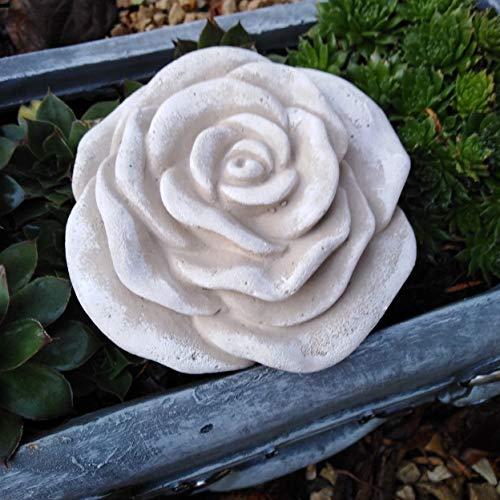 Stein Rose Rosenblüte Blüte Blumen Steinguss frostfest wetterfest Garten Deko hellgrau