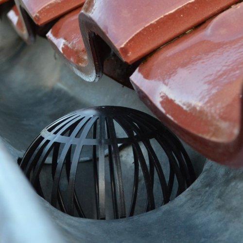 Fallrohr-Schutz, Dachrinnenverschluss, Laubschutz, Verschluss für Dachrinnen, 2er Set