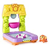 Chubby Puppies and Friends – 2-in 1 Flip N' Island Party Playset with Mahalo Monkey Collectible Figure