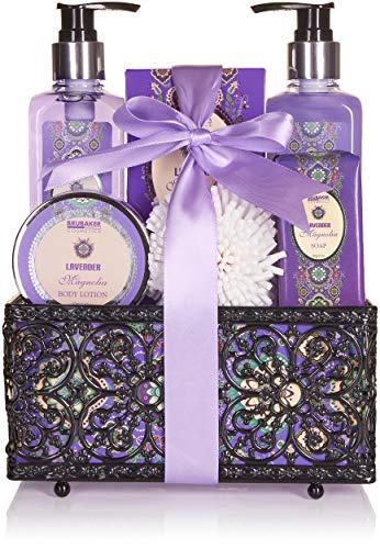 BRUBAKER Cosmetics Set de Baño y Ducha'Lavender & Magnolia' - Fragancia Lavanda Magnolia - Set de regalo 7 piezas en cesta decorativa
