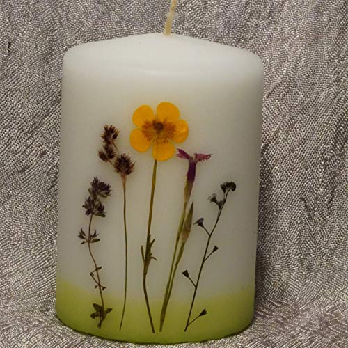 Kerze gestaltet mit echten Blumen und Gräsern, Waldviertler Handarbeit, Höhe 10 cm, Geschenk, Geburtstagsgeschenk,